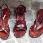 Эволюция обуви: сандалии, лапти, мокасины